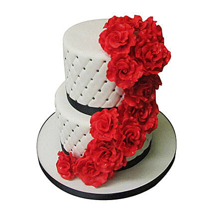 Rose Fondant Cake: Multi Tier Cakes
