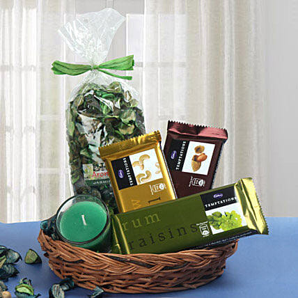 Traditional Basket Treat: Gift Baskets