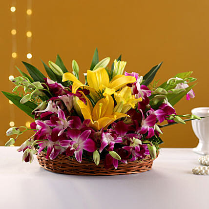 Timeless Elegance: Basket Arrangements