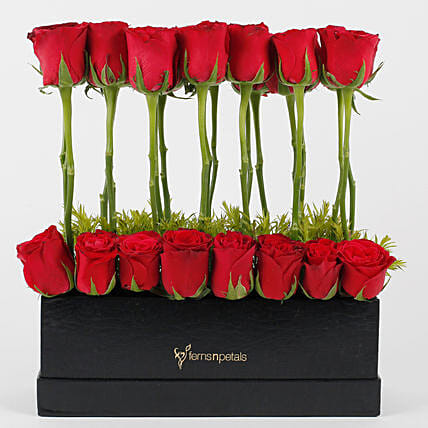 Red Roses Love Affair: Flowers In box