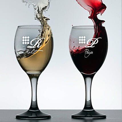 Personalised Set Of 2 Wine Glasses 1020: