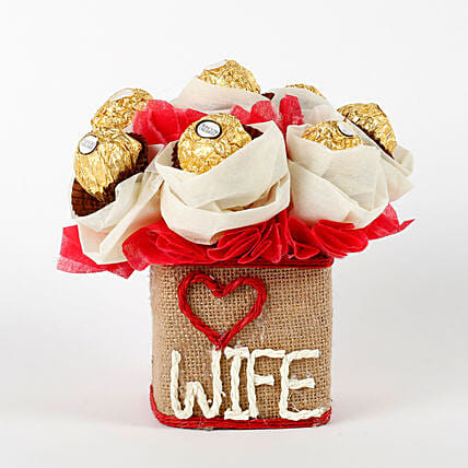 Love Wife Ferrero Rocher Chocolates Vase Arrangement: Ferrero Rocher Chocolates