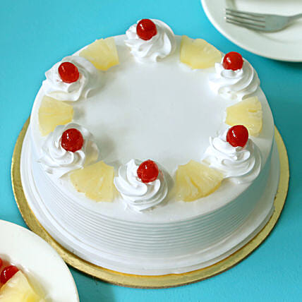 Pineapple Cake: Send New Year Cakes to Bhopal