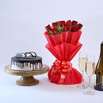 Beautiful Red Rose Hamper: Christmas Combos