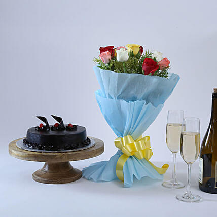 Chocolate Cake and Roses: Flowers & Cake Combos