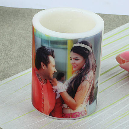 Me and You Personalized Candle: Gift Delivery in Umaria