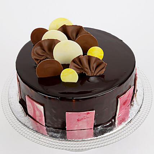 Choco Coin Truffle Cake: