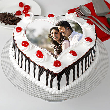 Heart Shaped Black Forest Photo Cake: Photo Cakes