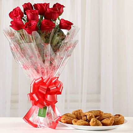 Classic Red Roses Bouquet & 1 Kg Gujia: Send Flowers & Sweets for Holi