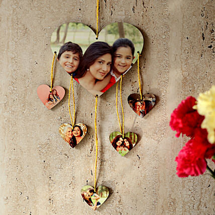 Heartshaped Personalized Wall Hanging: Send Personalised Gifts to Rewa