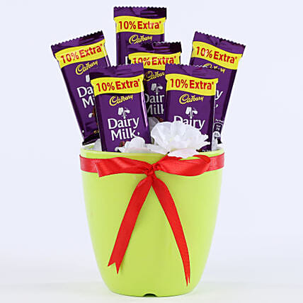 Chocolaty Vase: Send Gifts to Pilibhit