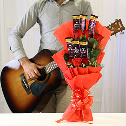 Soulful Melodious Floral Combo: Send Flowers & Guitarist Service