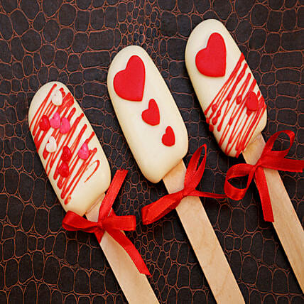 Hearty Design Romantic Cakesicles Set of 3: