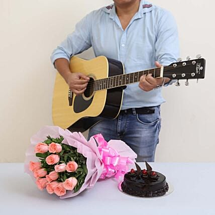 The Perfect Surprise Of Melodies: Send Flowers & Guitarist Service