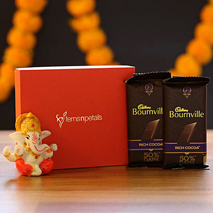Lord Ganesha Idol & Bournville: Cadbury Chocolates