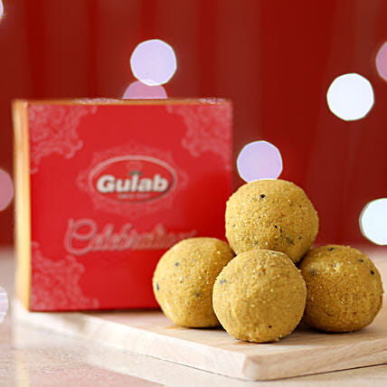 Plain Besan Laddu Box: Buy Sweets