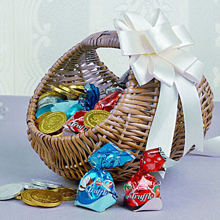 Basket Of Chocolaty Treats: Doctors Day Gift Hampers