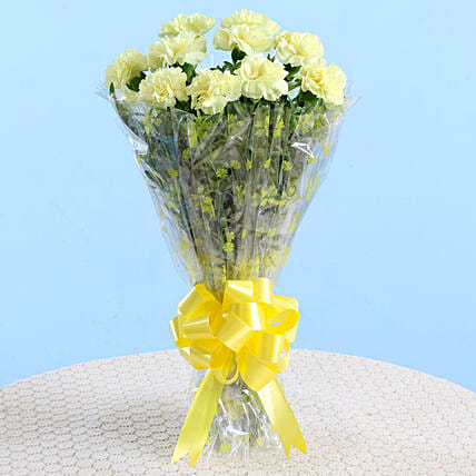 10 Lively Yellow Carnations Bouquet: