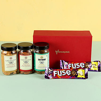 Flavoured Dry Fruits & Chocolates: Gift Combos
