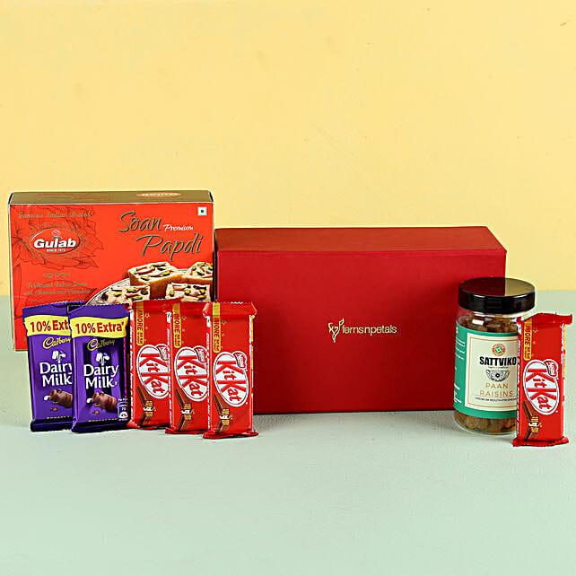 Paan Raisins & Soan Papdi Gift Hamper: Combo Gifts