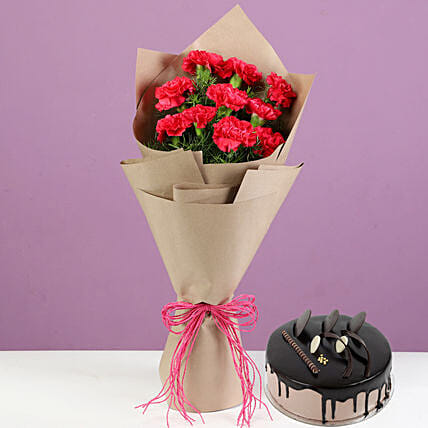 Pink Carnations With Chocolate Cream Cake: Cake Combos