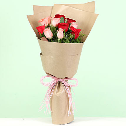 Red & Pink Roses Bouquet: Mixed Roses