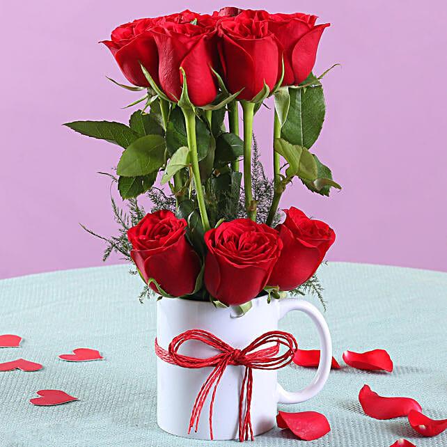 Romantic Red Roses Mug Arrangement: Christmas Gifts for Men