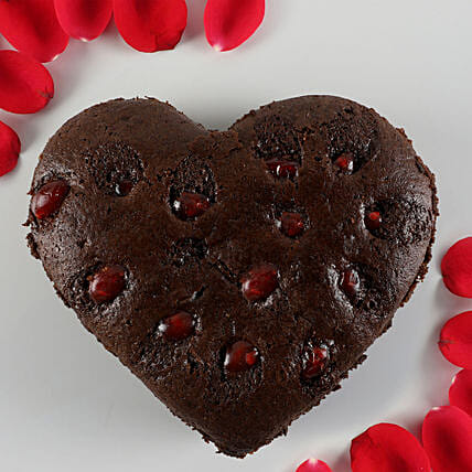 Chocolate Cherry Dry Cake- 500 gms: Heart Shaped Gifts