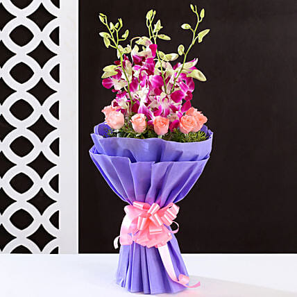 Purple & Pink Flower Bouquet: Mixed Colour Flowers