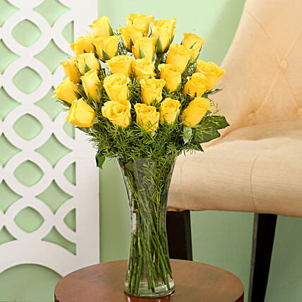 Yellow Roses Friendship Vase: Gifts for Rose Day