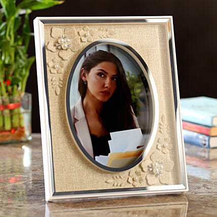 Personalised Classy Photo Frame: Gift Ideas
