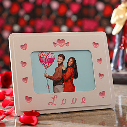 Personalised Couple In Love Photo Frame: Personalised Photo Frames Gifts