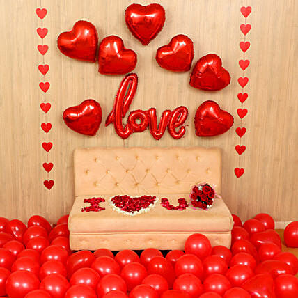 Exquisite Love Expression Decor: Valentines Day Balloon Decorations