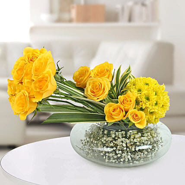 Yellow Roses N Daisies Arrangement: Premium Flowers