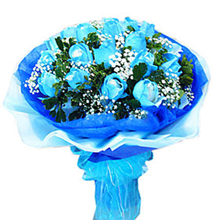 Blue Refreshing Beauty: Rose Day Gift Delivery in Malaysia