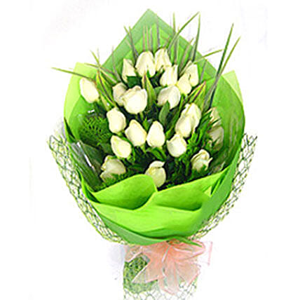Exotic White Roses Bouquet: Sympathy Flowers to Malaysia