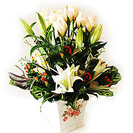 Mixed Flowers In Vase: Send mixed Flowers to Malaysia