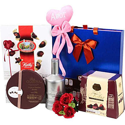 Chocolate Lover Gift Hamper: Send Valentine's Day Gifts to Mexico