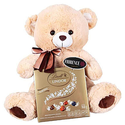Teddy N Lindt Chocolates: