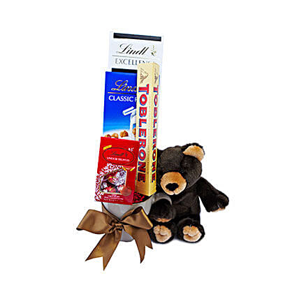Beary Special Gift: Send Romantic Gifts to Oman