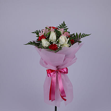 Refreshing Flower Bouquet: Send Congratulations Flowers to Oman