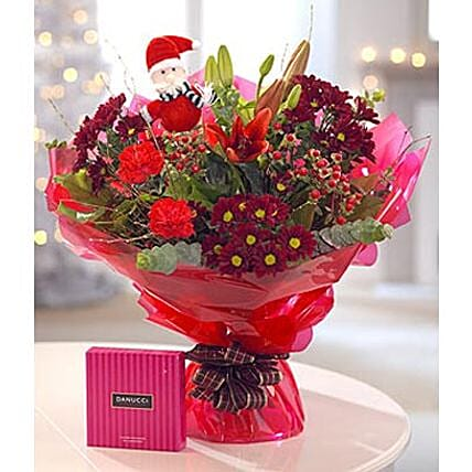 Gorgeous Christmas Floral Gift: Send Christmas Gifts to Philippines