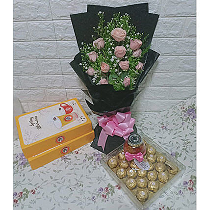 Fresh Pink Rose Bouquet With Sweets: Send Flower Bouquet to Philippines