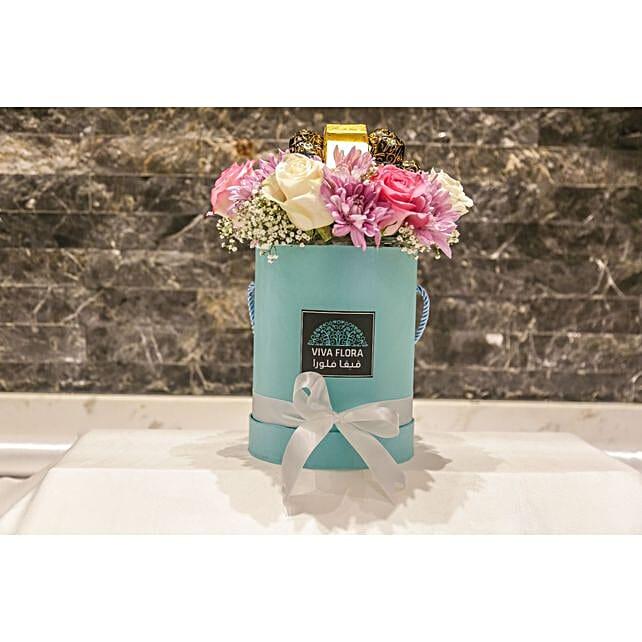 Aqua Box Of Flowers And Rakhi: Send Roses to Qatar