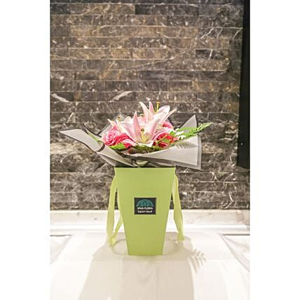 Delicate Pink Flowers Box: Roses Delivery in Qatar