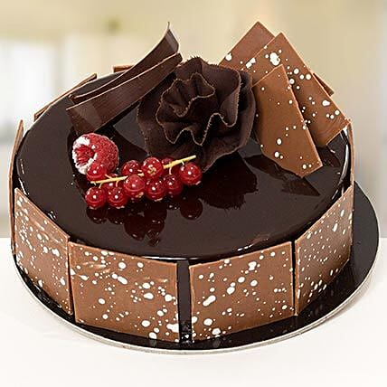 Fudge Cake: Cake Delivery in Riyadh