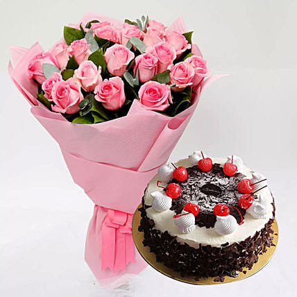 Black Forest Cake and Pink Rose Bouquet: Flower Bouquets