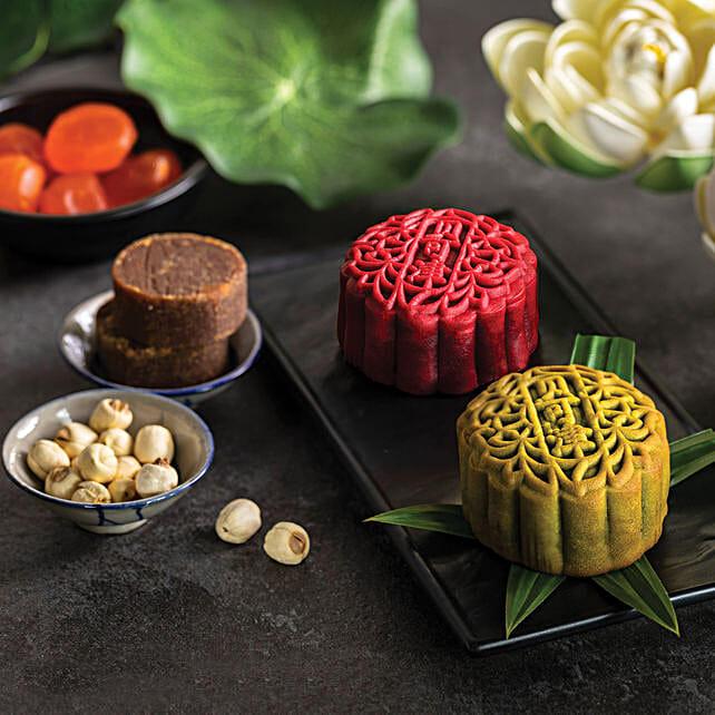 Set Of Pandan and Gula Melaka Egg Yolk Blend Mooncakes: Send Mid Autumn Gifts to Singapore