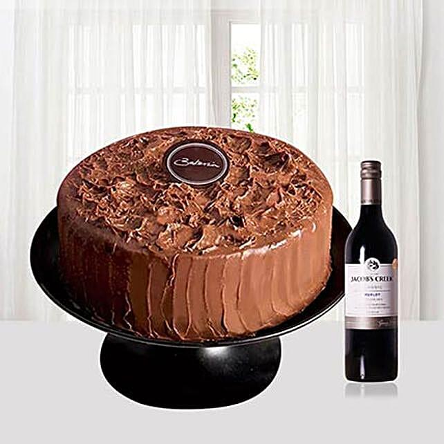 Chocolate Cream Cake With Wine: Romantic Gifts to Singapore