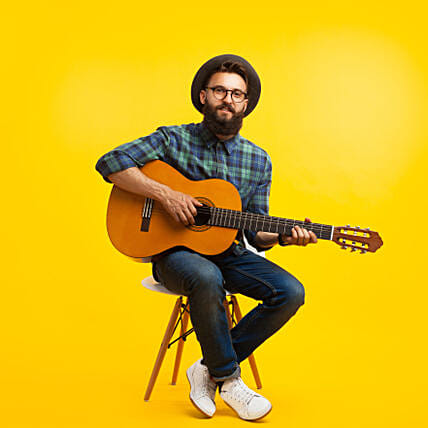 Guitarist on Video Call 10-15 Mins: Romantic Gifts to Singapore